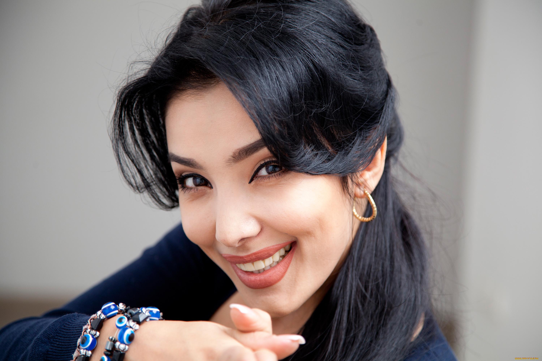 Девушки из узбекистана